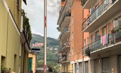 Chiavari, appartamento in fiamme