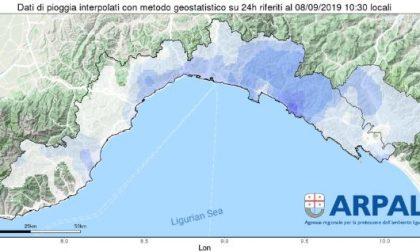 Allerta meteo, chiusura anticipata alle 13 su genovese e Golfo Paradiso
