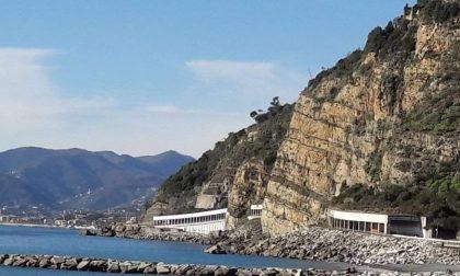 """""""Sospendere il cantiere alle gallerie di Sant'Anna"""""""