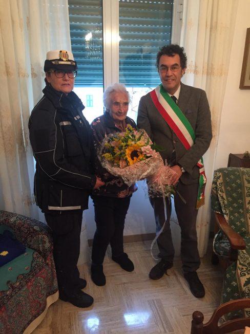 Lina Burroni compie cento anni