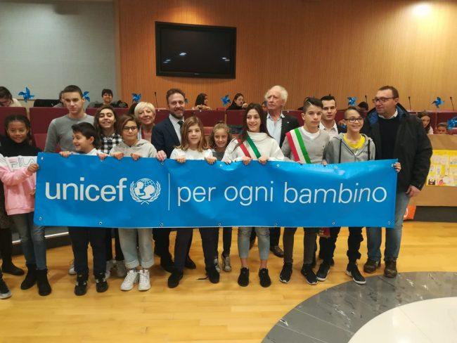 Liguria Plastic Free, i bambini propongono una legge in consiglio
