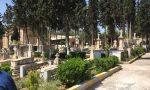Escavatore distrugge in un cimitero 31 tombe