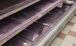 Psicosi coronavirus, presi d'assalto i supermercati