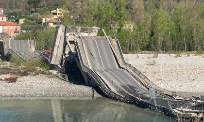 Crollato il ponte tra Ceparana e Albiano nello spezzino