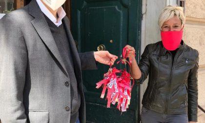 Commercianti consegnano chiavi in segno di protesta