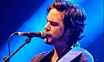 Cantante anglo-italiano versa i proventi dell'ultimo singolo al San Martino