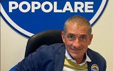 Andrea Costa lancia un appello per gli uffici postali