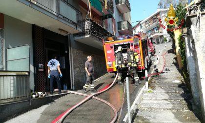 Incendio di un appartamento, le foto