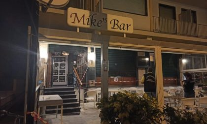 Incendio in un bar a Chiavari, sarebbe doloso