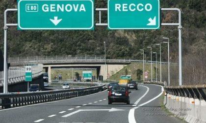 Autostrada chiusa tre notti a Recco, traffico dirottato in centro