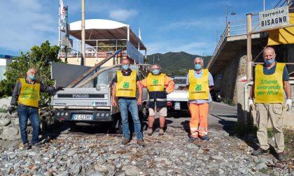 Puliamo il Mondo, anche a Moneglia i volontari guidati dal Sindaco fanno la loro parte
