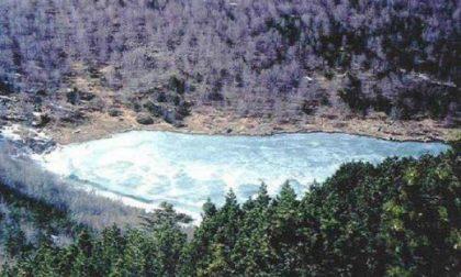 Il lago e il monte Nero in compagnia delle Meraviglie d'Aveto
