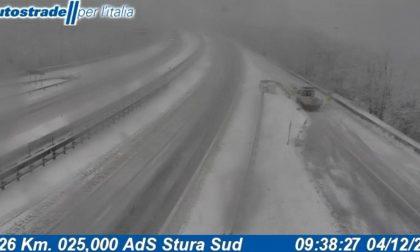 Neve e autostrade in tilt, Giampedrone: «Impensabile nel 2020 di fronte a una perturbazione ampiamente prevista»