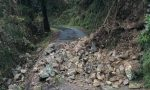 Viabilità interrotta per frana nella Strada Valcarnella