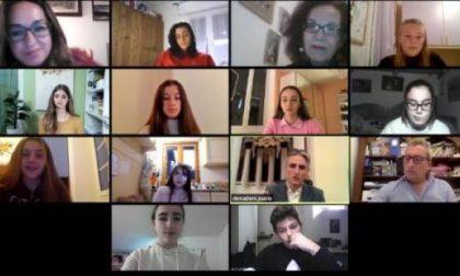 Studenti modello riuniti online per festeggiare il traguardo
