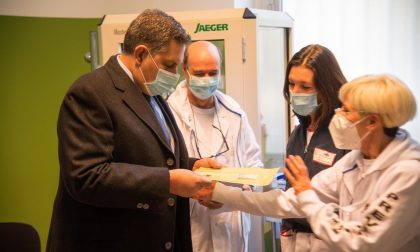 Vaccino, oggi in partenza altre 400mila dosi da stabilimenti Pfizer