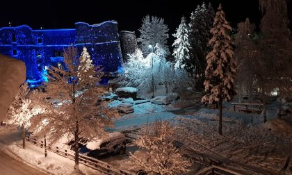 Natale nel Levante, ecco come sono illuminate e addobbate le nostre città