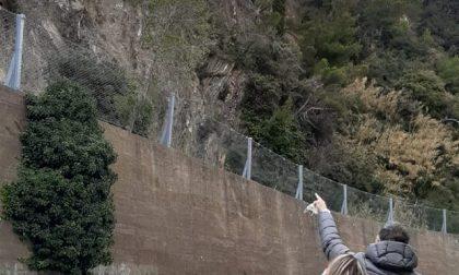 Frana la parete sulla collina Bardi, via Gramsci chiusa tra Fincantieri e bivio per Moneglia
