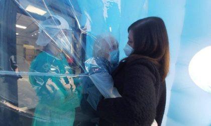 Cristina riabbraccia mamma Annamaria dopo un anno