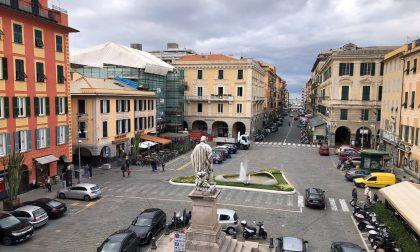 Piazza Matteotti, restauro lampioni storici e nuova illuminazione a led