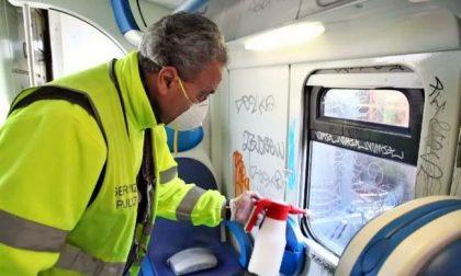 Stipendi in ritardo per 200 lavoratori della pulizia dei treni, sindacati sul piede di guerra