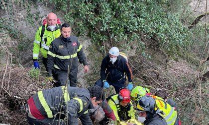 Si ribalta con l'escavatore, grave incidente a Borzonasca