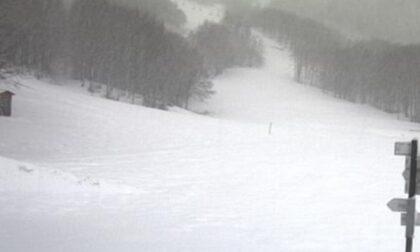 Neve a Santo Stefano d'Aveto. A Prato della Cipolla pare pieno inverno