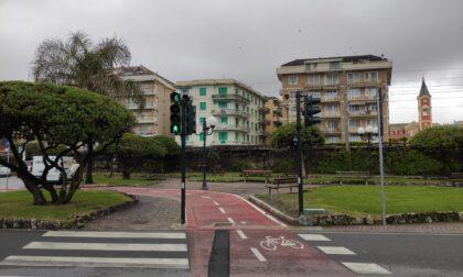 Un nuovo semaforo per la ciclabile di viale Groppo