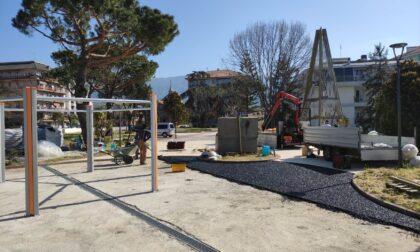 Nuova area giochi in piazza Del Buono a Ri