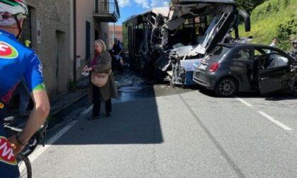 Gravissimo incidente a Prato Officioso. Ambulanze anche da Riva Trigoso