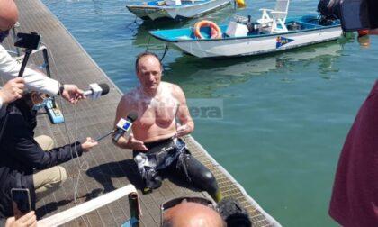 Salvatore Cimmino vittorioso a Sanremo per la sua prima tappa del Giro d'Italia a nuoto