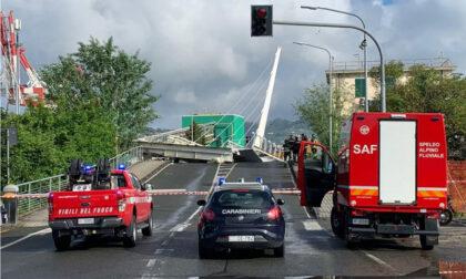 Crollo del Ponte alla Darsena, evacuate dieci persone