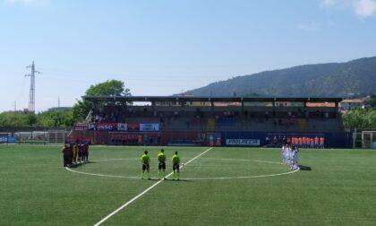 Addio Camilla, un minuto di silenzio all'inizio della partita Sestri Levante-Saluzzo