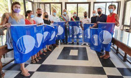 Moneglia, consegnate le Bandiere Blu: è record nazionale