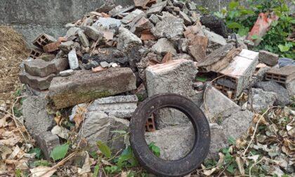 """""""Decenni di politiche di cemento allegro lasciano il segno: trovati cumuli di rifiuti abbandonati"""""""