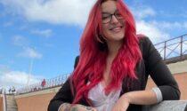 """""""Io licenziata dal supermercato per il color rosso ciliegia dei miei capelli"""""""