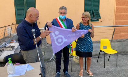 Consegnata al Comune di Camogli la Bandiera Lilla