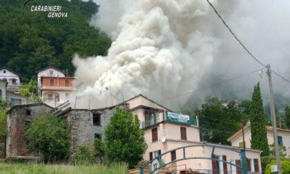 Arrestati tre piromani responsabili di due incendi tra la Val Fontanabuona e Lavagna