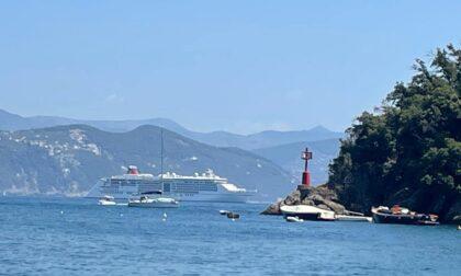 La prima nave da crociera torna a Portofino. Le parole di Toti