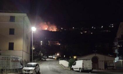 Domato l'incendio di ieri sera a Caperana Alta