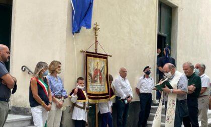 Intitolata a don Antonio Frugone, sacerdote e poeta, la piazzetta della chiesa di San Pietro in Vincoli