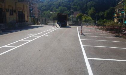 Nuovi posti moto e auto nel parcheggio della stazione ferroviaria