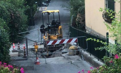 Cedimento in via Verroggio, in corso il ripristino