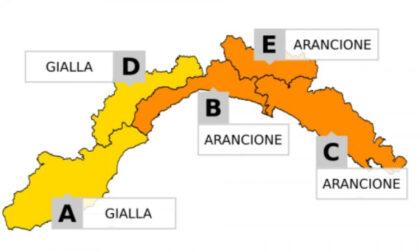 Domani allerta meteo gialla ed arancione per temporali in Liguria