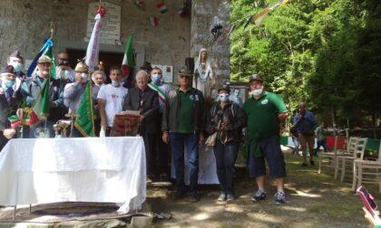 Lovari ha inaugurato la campana restaurata: suonerà ogni sera in memoria dei Caduti