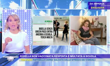 """Il caso di Laura Muratore, la bidella senza green pass, finisce su """"Pomeriggio 5"""""""