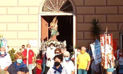 Madonna del Suffragio, i festeggiamenti entrano nel vivo: sabato l'accensione delle luminarie
