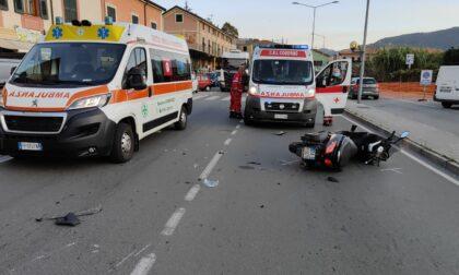 Schianto tra moto stamattina a Chiavari, due feriti. Traffico in tilt in via Parma